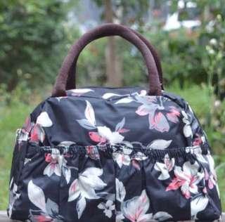 🚚 Grey Floral Waterproof Bag