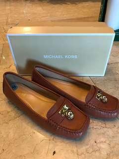 Michael kors size 6.5
