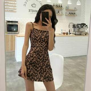 🚚 layla leopard print straight strap body con dress