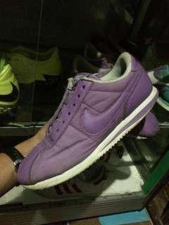 Sepatu nike cortez