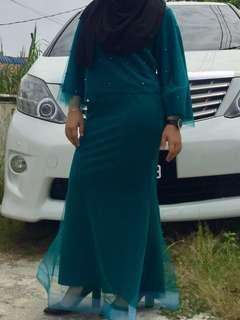 SELL/RENT baju kurung moden