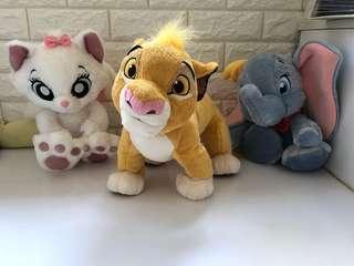 正版迪士尼公仔-獅子王(sold)、小飛象、marie貓