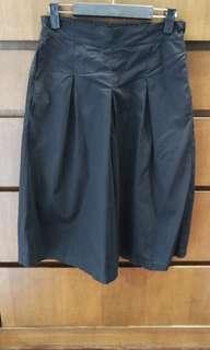 Black loose pant