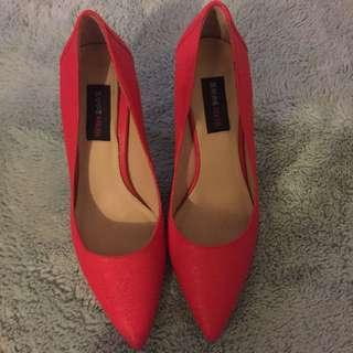 Red shoes 7