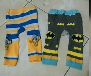 REPRICE Preloved Celana Rajut 0 - 3 bulan Donald bebek dan Batman Murah