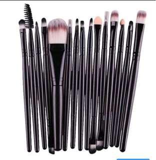 Ig style makeup brushes
