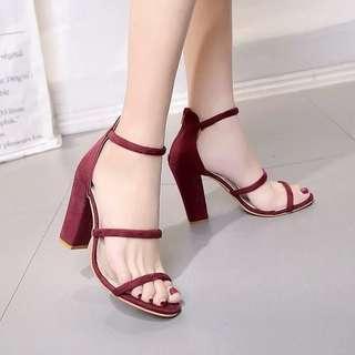 BNIB Chunky Heels Sandals