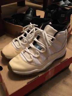 🚚 Nike AIR Jordan 11 白 us 7.5號