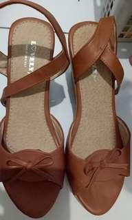 Wedges size 37 lovely second   good kondisi
