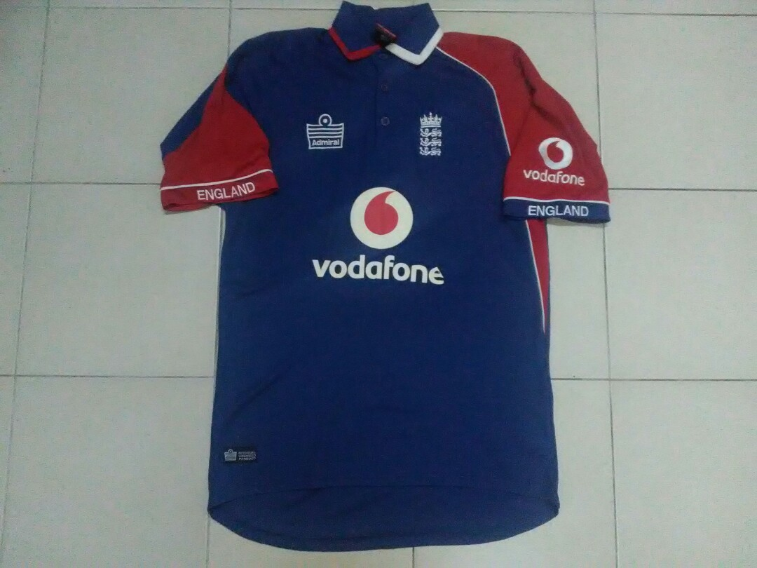fd9e3b184 Authentic England Cricket Jersey, Sports, Sports Apparel on Carousell
