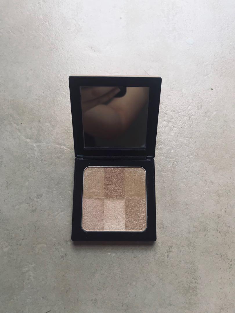 BOBBI BROWN Brightening Brick - Naked