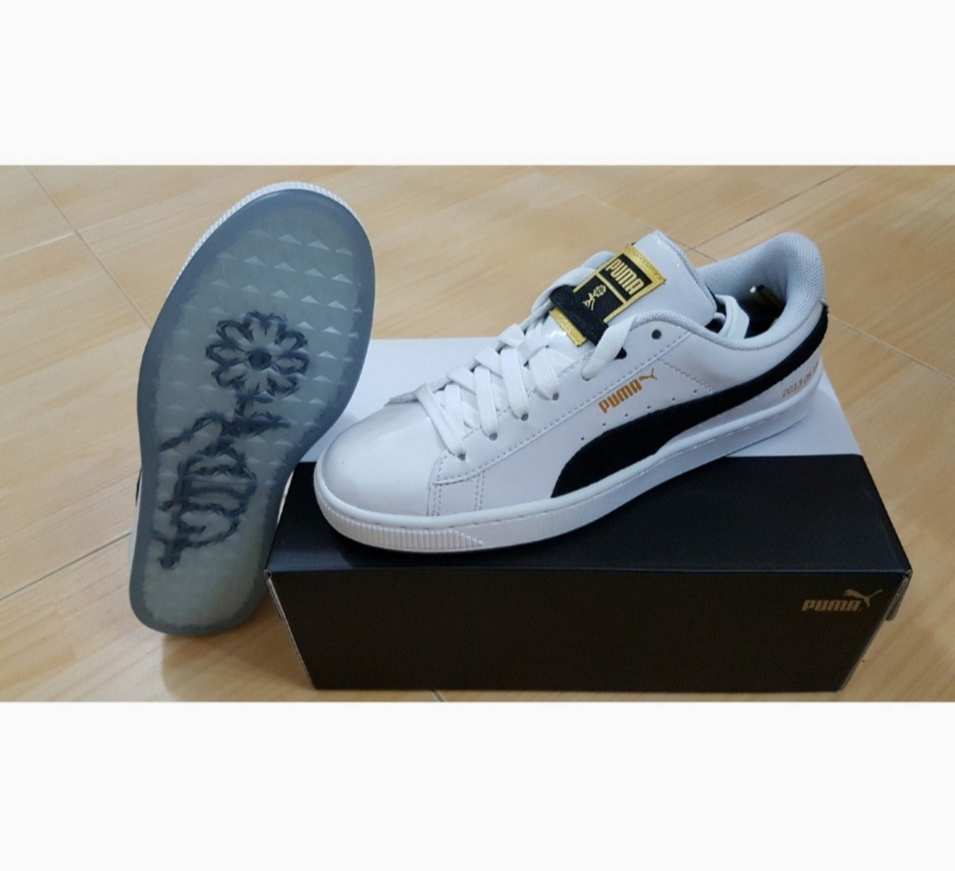 sports shoes c6cf5 95c90 CLEARANCE BTS Puma Basket Patent shoes BNWTBNIB, Womens Fashion,  Shoes, Sneakers on Carousell