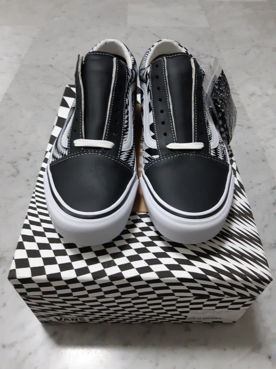 f69af4e581 END. X VANS OG OLD SKOOL LX VERTIGO