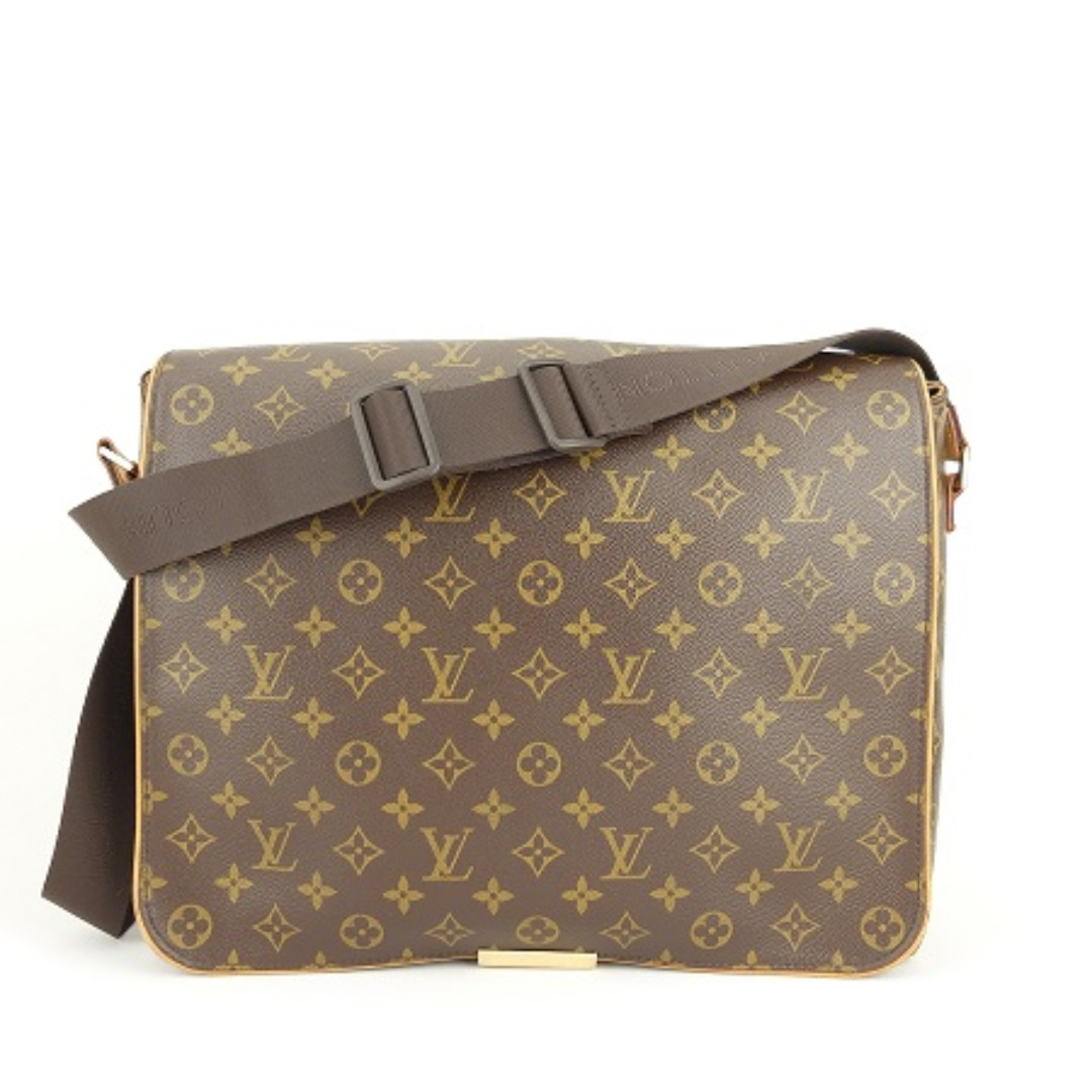 e4250c52e2e5 Louis Vuitton Monogram Abbesses Messenger