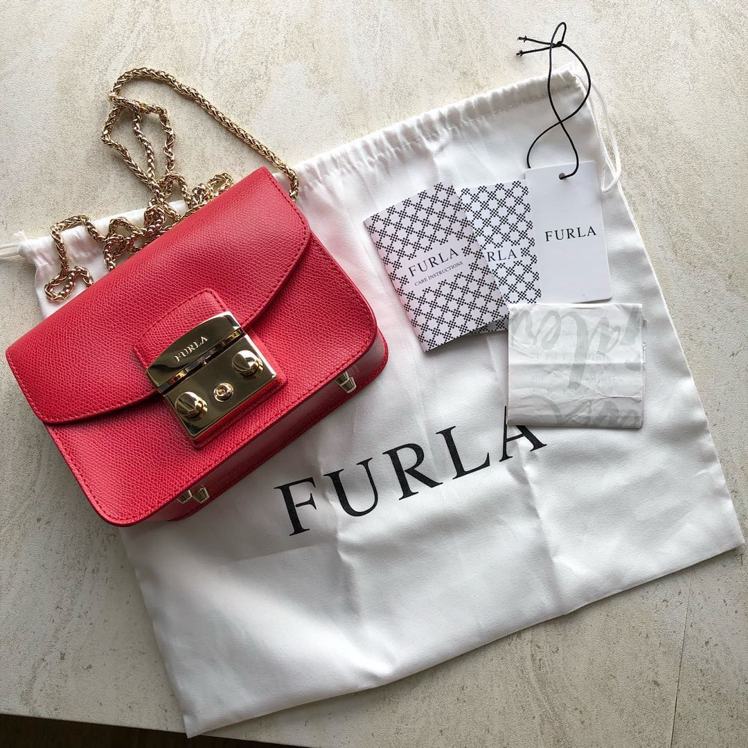 7f7fc0c5b8a price reduced  Furla metropolis bag in red, Luxury, Bags   Wallets ...