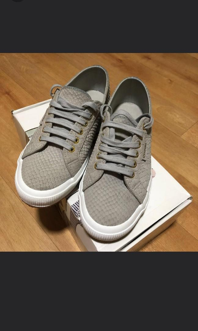 low price meet best authentic Superga 2750 Anaconda, Women's Fashion, Shoes, Sneakers on Carousell