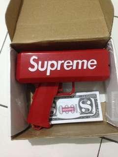 supreme money gun 1:1 ( tdak ori ya) not bape jordan yeezy
