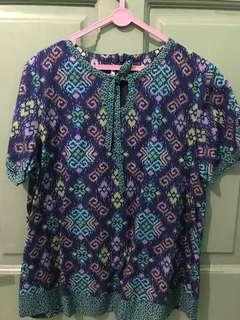 Batik keris blouse