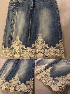 🚚 牛仔裙 短裙 丹寧 宮庭風 金邊 蕾絲