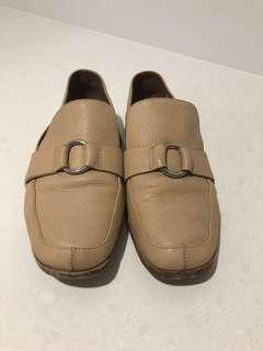 Country Road Loafers/Shoes