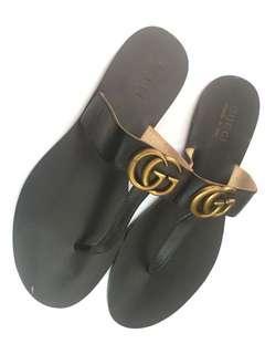 Gucci  t strap sandals