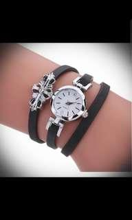 Good buy-ladies watch with thin leather strap
