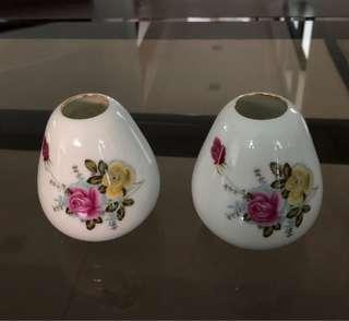 Mini flower vase