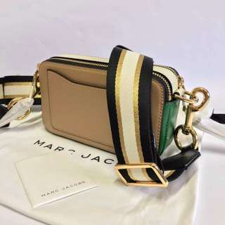 c66d348bd66a MARC JACOBS FLOURO SNAPSHOT SMALL CAMERA BAG IN (JAPAN RELEASE) PHP18