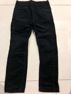 USED: Uniqlo Kids Black Corduroy Pants (size 120 can fit 4-7yrs)