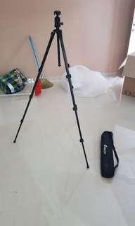 tripod stand with bag