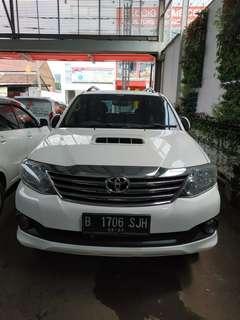 Fortuner G 2.5 VNT diesel turbo white