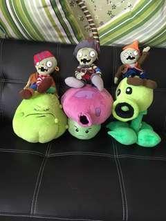 Plants vs zombie soft toys
