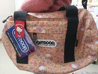Hello Kitty x Outdoor斜孭袋
