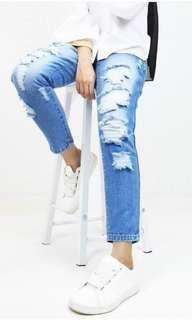 Hijab-Friendly ripped Jeans