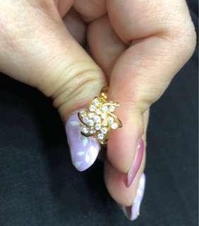 Berlian Flower Ring - 18k