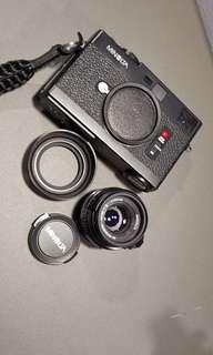 Minolta CLE mint with lens n rubber hood