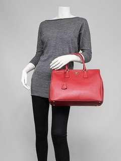 c7a160749d9f Prada Fuoco Saffiano Lux Leather Double Zip Large Tote Bag BN1786
