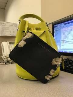 marc jacobs yellow bag