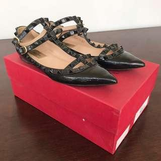 authentic VALENTINO rockstud flats in all black - size 37
