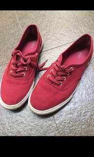 Sepatu merah forever 21 forever21