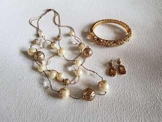 Gold jewelry set (take all)