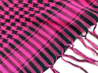 🚚 千鳥格紋三角披肩圍巾