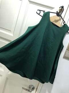 Dark green flowy top