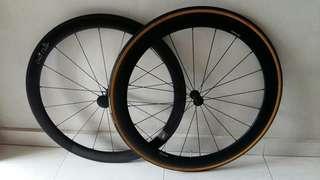 Carbon Front Wheels