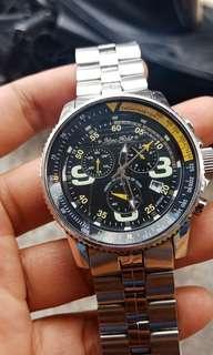 jam tangan Marc Ecko