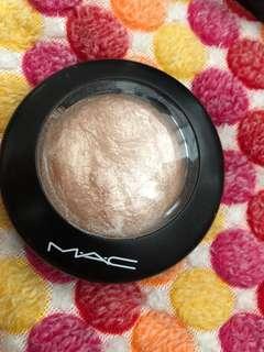 MAC Mineralized Skin Finish Soft & Gentle