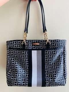 ORIGINAL- New Tommy Hilfiger Shoulder Bag