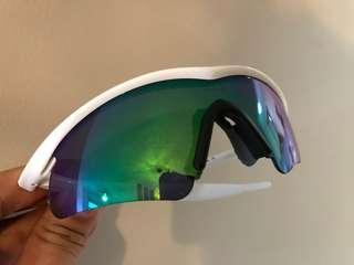 Oakley M frame in white