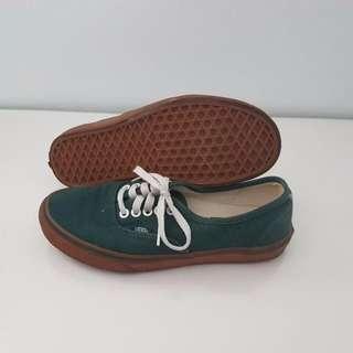 VANS Low-Cut Green Shoes Women Size 8