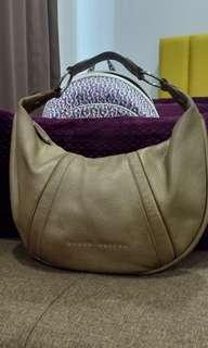 #Ramadhan75 Braun Buffel Gold Colour Leather Bag
